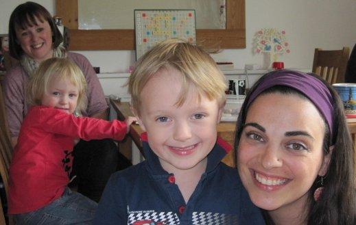 Diana with two vegan children and vegan mum.